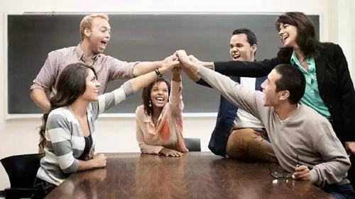 在职MBA比全日制MBA有什么优势