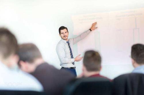 MBA学习,让你从容应对职场下坡路